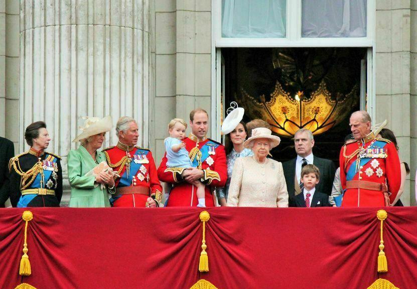 waarom zijn we geinteresseerd in de britse koninklijke familie