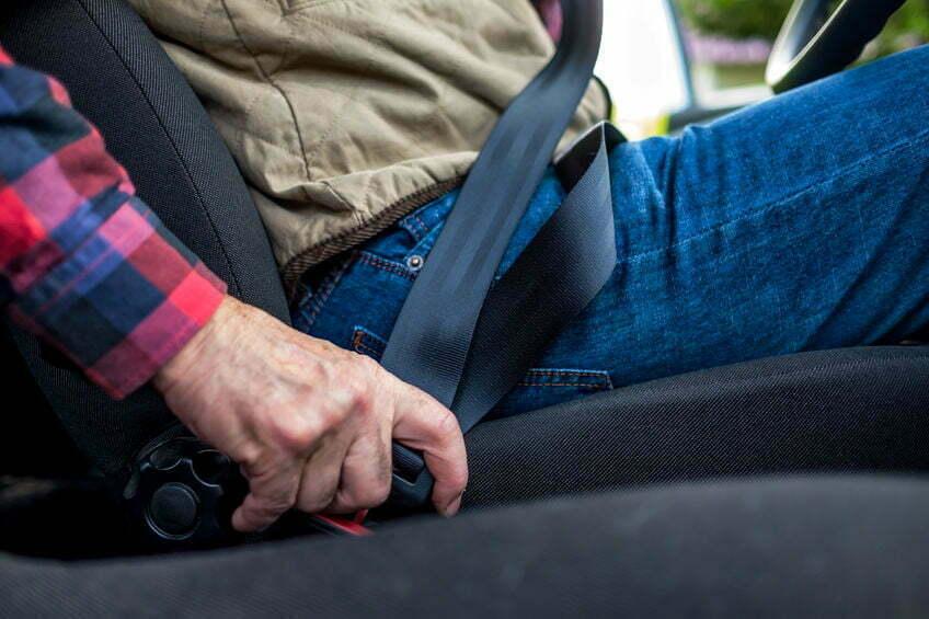 winterjassen gevaarlijk in de auto